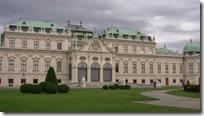 ベルヴェデーレ宮殿の全景